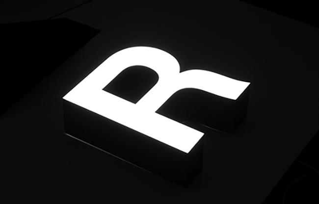 Leuchtbuchstaben Typ 3