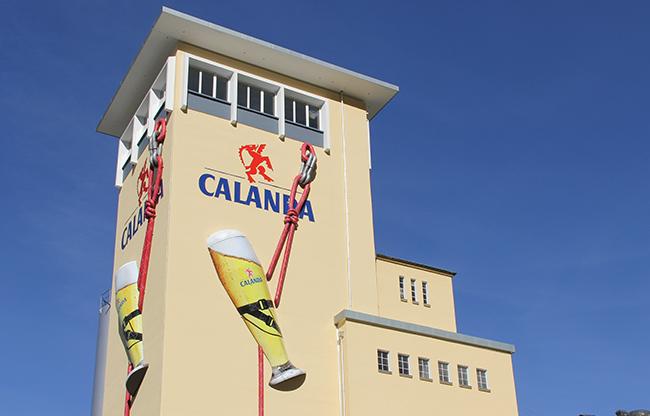 Fassadenbeschriftung Calanda